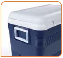 2 poignées sur les petits côtés du conteneur isotherme